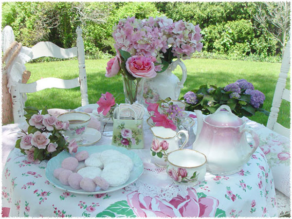 Blog: Cup of Tea | Tea cups and tea service on table